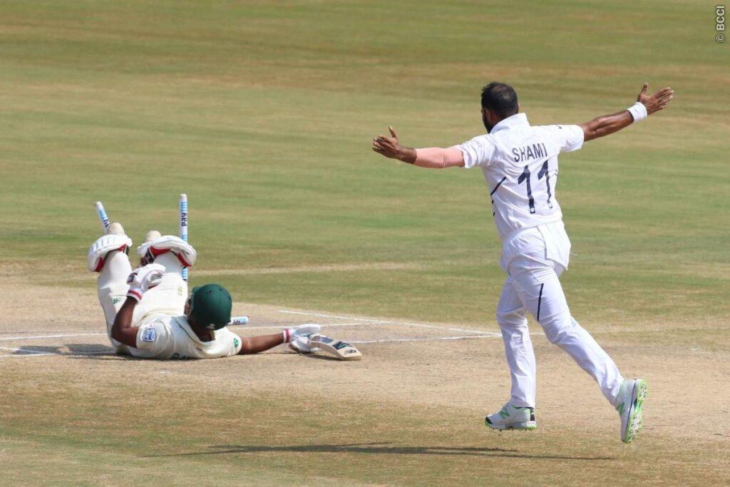 मोहम्मद शमी ने दक्षिण अफ्रीका के तीन प्रमुख बल्लेबाजों को किया बोल्ड, देखें वीडियो 1