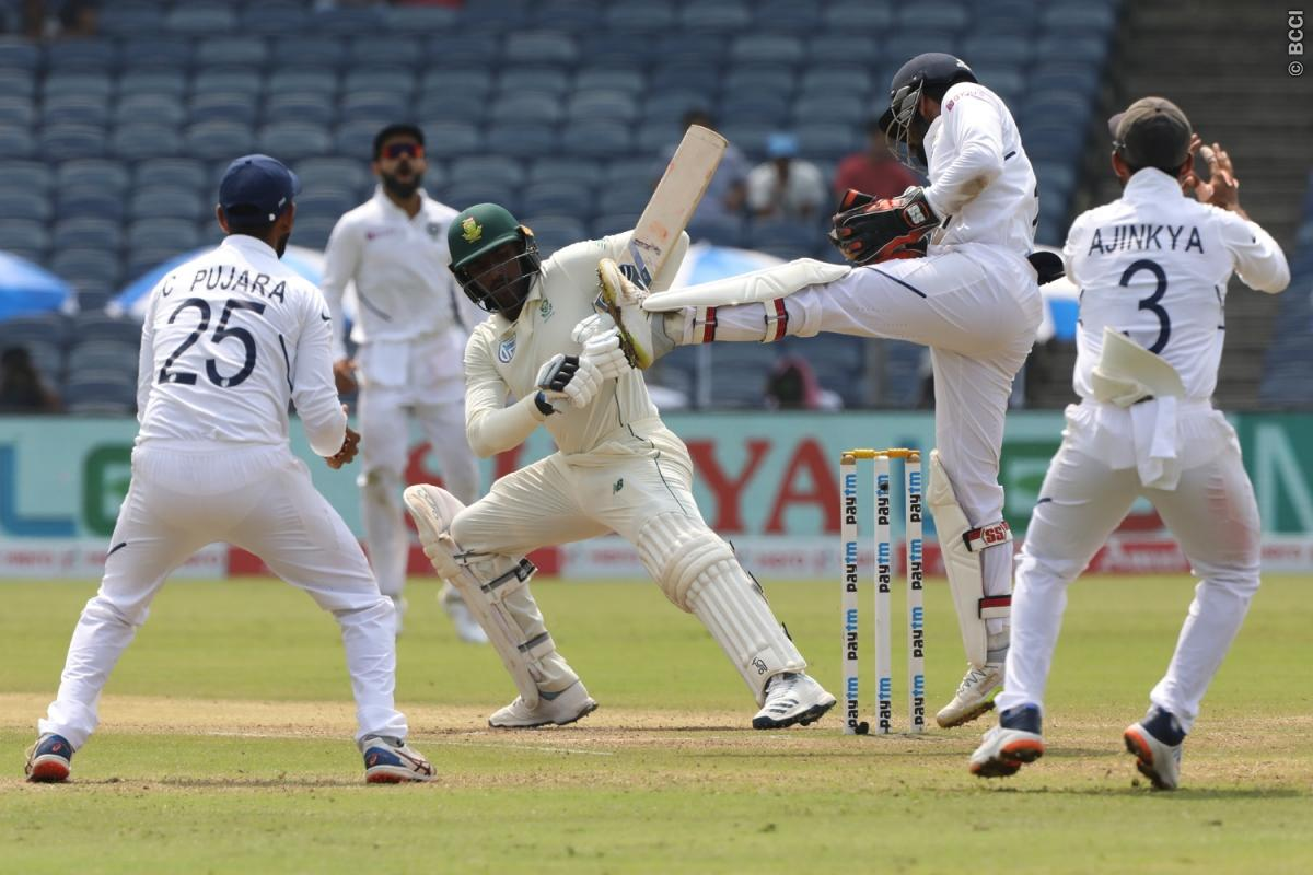 137 रन और 1 पारी से मैच जीतकर भारत ने 2-0 से जीता सीरीज, सोशल मीडिया पर आ रही ऐसी प्रतिक्रिया 1