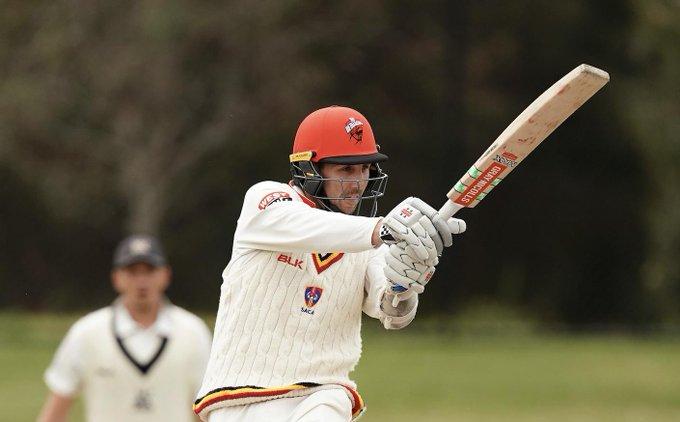 900 गेंद तक फील्डिंग करने के बाद इस ऑस्ट्रेलियाई बल्लेबाज को खेलने को मिला सिर्फ 1 गेंद, ऐसे व्यक्त की निराशा