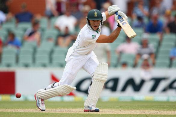 दक्षिण अफ्रीका के कप्तान फाफ डु प्लेसिस पर बल्लेबाजी क्रम के लिए उनकी काफी आलोचना हुई है 7