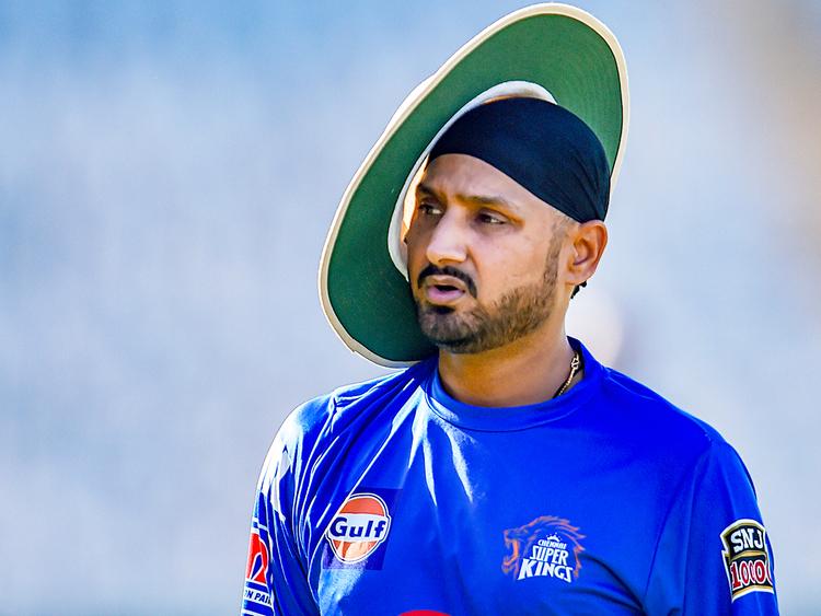 6 भारतीय क्रिकेटर जिन्होंने करीब एक साल से भी ज्यादा समय तक टीम से दूर रहने के बाद लिया संन्यास 2