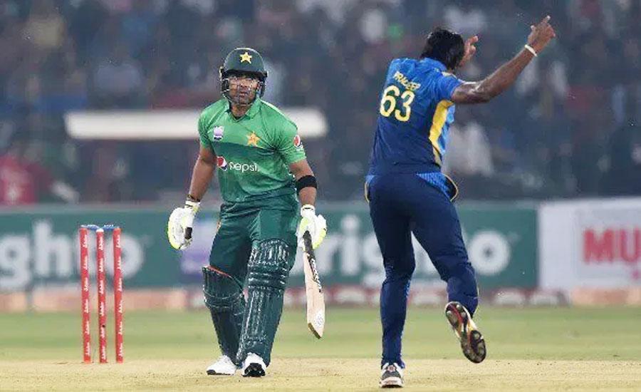 मिस्बाह उल हक ने श्रीलंका के खिलाफ सीरीज हार की जिम्मेदारी ली लेकिन इन पर कसा तंज 2