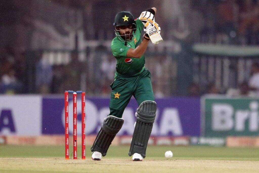 """""""बाबर आजम पाकिस्तान के पूर्व दिग्गज बल्लेबाजों के रिकॉर्ड ध्वस्त कर सकते हैं"""" 4"""