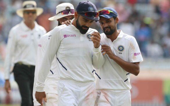 शाहबाज नदीम के गेंदबाजी की विराट कोहली ने की तारीफ, बताया पहले भी साथ खेल चुके काफी क्रिकेट 3