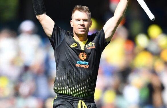 VIDEO: डेविड वार्नर के धमाकेदार शतक के दम पर श्रीलंका के खिलाफ ऑस्ट्रेलिया ने खड़ा किया ये बड़ा स्कोर 8