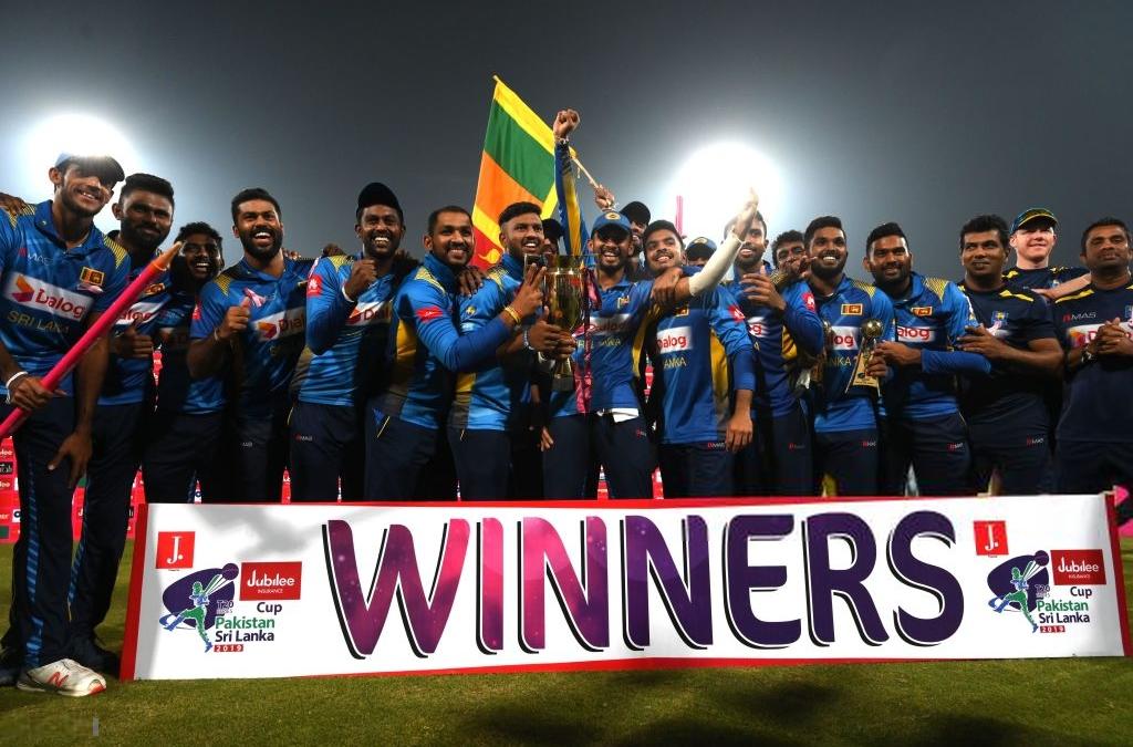 PAK vs SL: श्रीलंका ने पाकिस्तान में घुसकर किया पाक का सूपड़ा साफ़ 3-0 से जीता टी-20 सीरीज