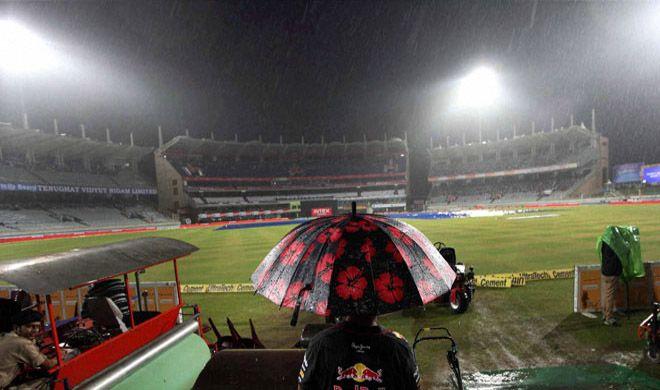 भारत और श्रीलंका के मैच पर संकट दोबारा आई बारिश, देरी से शुरू होगा मैच 1