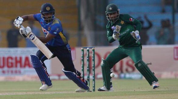 श्रीलंका के इस खिलाड़ी के ट्विटर यूजरनेम के कारण उड़ाया जा रहा मजाक 28