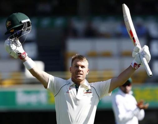 डेविड वॉर्नर ने 335* रनों पारी खेल लगा दी रिकॉर्ड्स की झड़ी, दिग्गजों को पछाड़ा 21