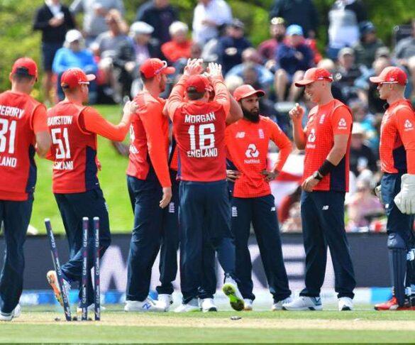 इंग्लैंड, न्यूजीलैंड मैच के बीच मुनरो ने बिलिंग्स को शानदार ढंग से किया डायरेक्ट हिटआउट, देखें वीडियो 4