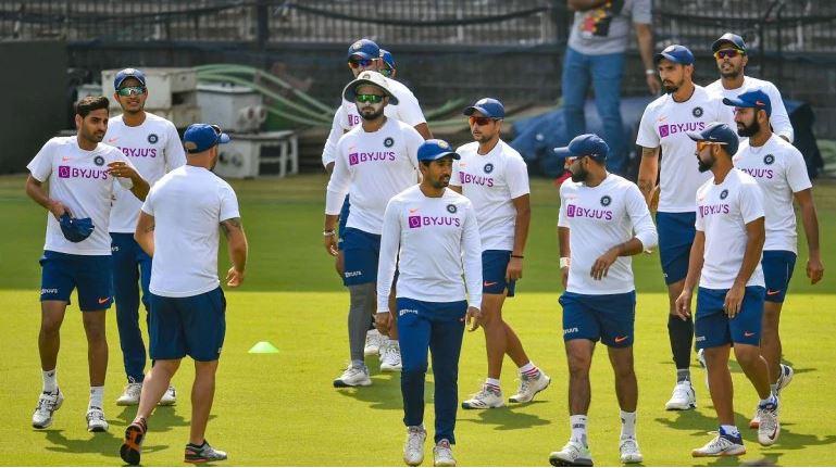 इंजरी से जूझ रहे तेज गेंदबाज भुवनेश्वर कुमार ने टीम इंडिया के साथ किया अभ्यास, जल्द होगी वापसी 1