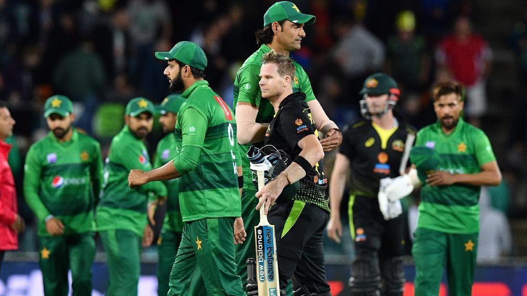 राशिद लतीफ़ ने कहा ऑस्ट्रेलिया के खिलाफ तीसरे टी20 मैच में इन 3 युवा खिलाड़ियों को मौका दे पाकिस्तान 2