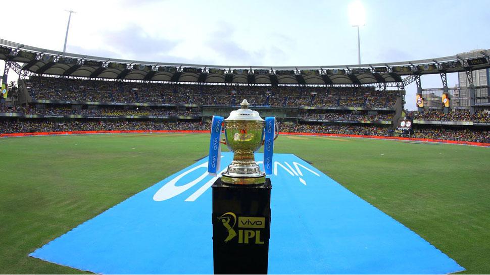 आईपीएल नीलामी से ठीक पहले इस बल्लेबाज ने 40 गेंदों में जड़ दिए 121 रन, चौके-छक्कों की लगाई झड़ी