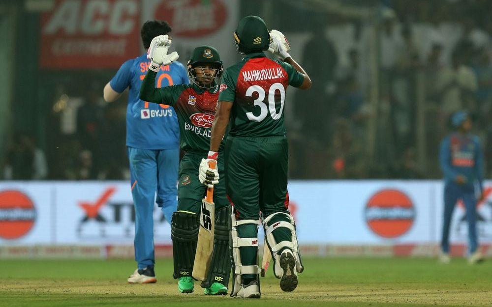 INDvBAN, दूसरा टी-20: भारत ने जीता टॉस पहले गेंदबाजी का फैसला, इन खिलाड़ियों को मिली जगह 1