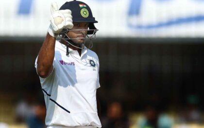 एक घरेलू सीजन में लगातार दोहरा शतक लगाने वाले दूसरे बल्लेबाज बने मयंक अग्रवाल 7