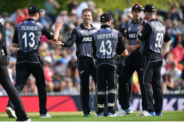 न्यूजीलैंड ने इंग्लैंड को तीसरे टी-20 में 14 रन से हराया, देखें मैच का पूरा स्कोरकार्ड 13