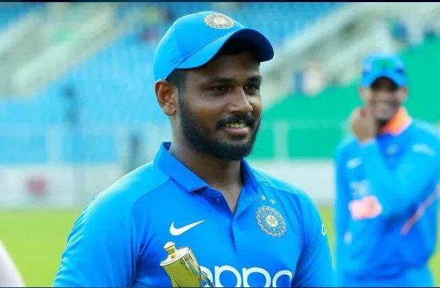 संजू सैमसन को फैन्स ने दी सलाह कहा, अनुष्का शर्मा की फोटो करें लाइक फिर मिलेगी टीम में जगह