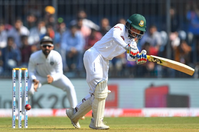INDvsBAN : इंदौर टेस्ट का पहला सेशन रहा भारत के नाम, गेंदबाजो ने किया शानदार प्रदर्शन