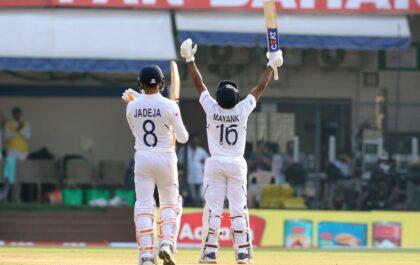 मयंक अग्रवाल ने टेस्ट क्रिकेट में जड़ा दूसरा दोहरा शतक, बधाई देने वालों का लगा तांता 2