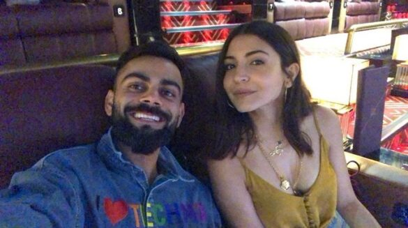विराट कोहली ने अपनी पत्नी अनुष्का के साथ शेयर की तस्वीर, तो लोगो ने कमेंट करके पूछा 'पापा कब बनोगे भाई' 3