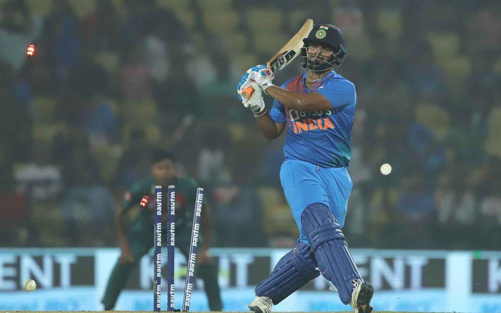प्रवीण आमरे ने शॉट टाइमिंग के मामले में 22 साल के इस खिलाड़ी को बताया विराट और रोहित के समान 1