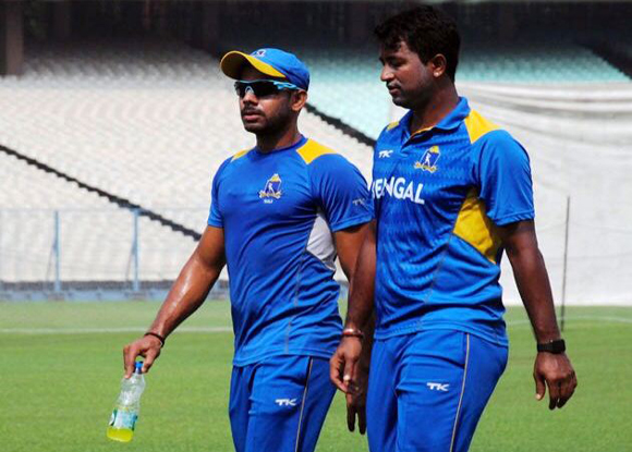 मनोज तिवारी ने सैयद अली मुश्ताक में मुंबई के खिलाफ पकड़ा शानदार कैच, देखें वीडियो 3