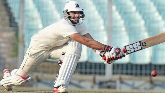मनोज तिवारी ने स्पिनर के खिलाफ खेला कमाल का शॉट, देख विकेटकीपर भी रह गया भौचक्का, देखें वीडियो 1