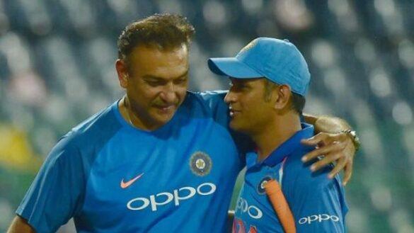 टीम इंडिया के हेड कोच रवि शास्त्री का धोनी पर बड़ा बयान, कहा 'धोनी लेना चाहते थे ब्रेक, लेकिन.... 8