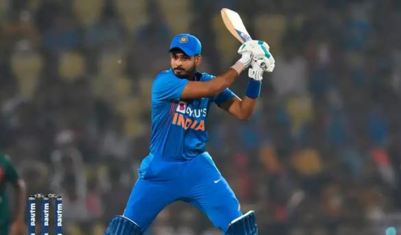 वीडियो: भूटान से वापस आने के बाद नेट्स में विराट कोहली ने सभी गेंदबाजों को थकाया, लगाए अद्भुत शॉट्स 6
