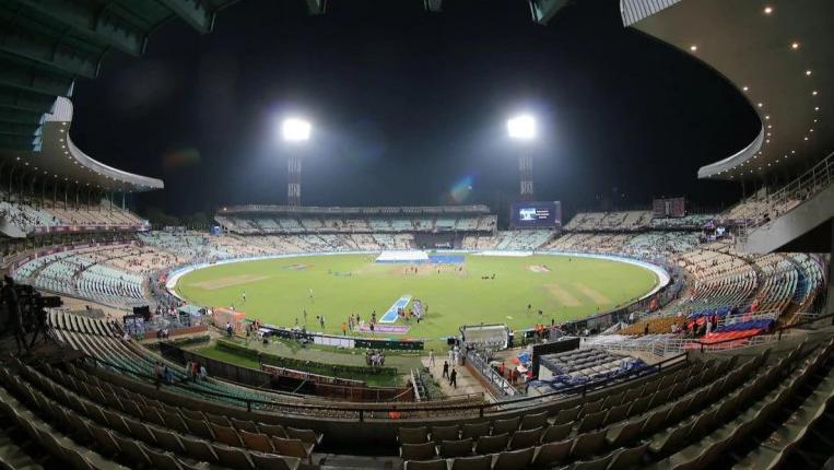 भारतीय टीम के पहले पिंक बॉल टेस्ट के लिए तैयार हो गया है कोलकाता, यहाँ देखें वीडियो 1
