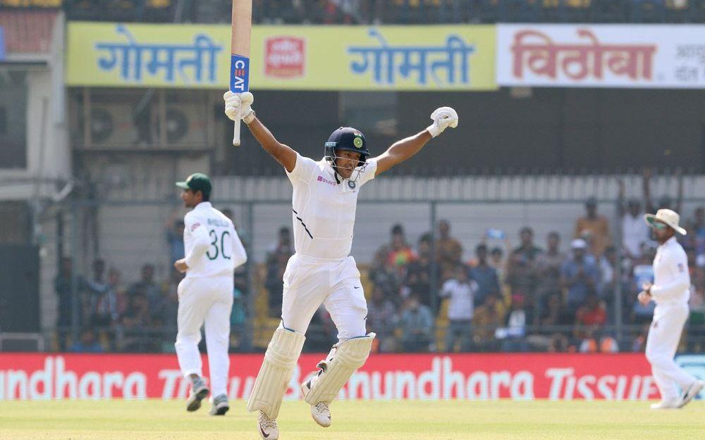 INDvBAN, पहले टेस्ट: भारतीय टीम दूसरे दिन चाय तक 300 के पार 2