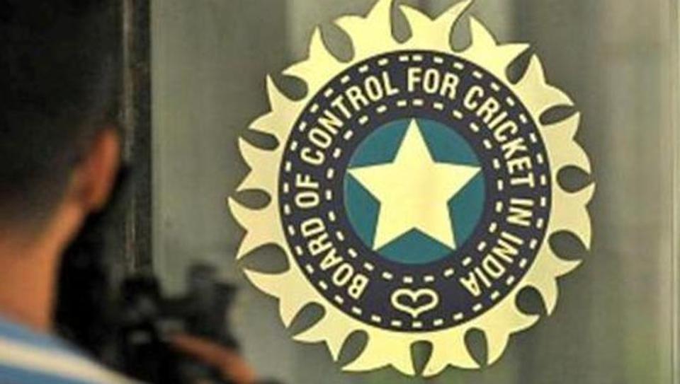 बीसीसीआई के सीएफओ संतोष रंगनेकर दिया इस्तीफा 2