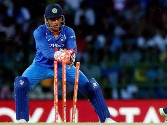 इस वनडे टीम के कप्तान बने महेंद्र सिंह धोनी, विराट कोहली और रोहित शर्मा भी शामिल 9