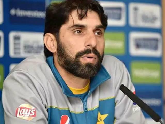 राशिद लतीफ़ ने कहा ऑस्ट्रेलिया के खिलाफ तीसरे टी20 मैच में इन 3 युवा खिलाड़ियों को मौका दे पाकिस्तान 1