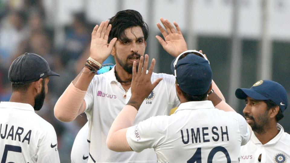 साल 2019 में रहा हैं भारतीय तेज गेंदबाजी का दबदबा, ये आंकड़े दे रहे इस बात की गवाही 1