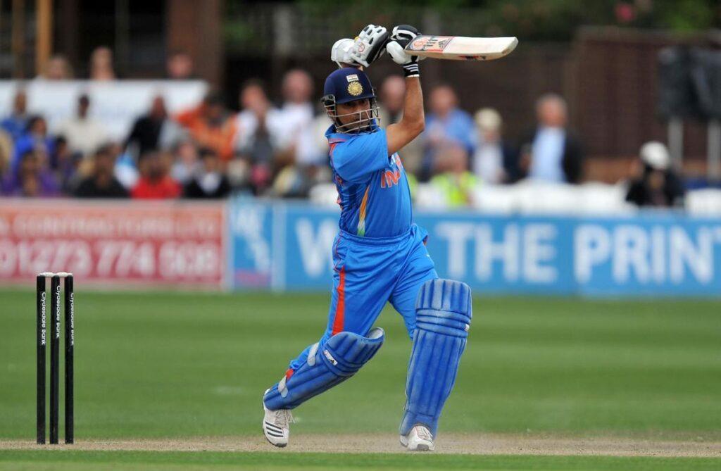 सचिन तेंदुलकर ने कहा अच्छे गेंदबाजों की कमी के कारण  टेस्ट क्रिकेट की प्रभुता हो रही है कम 3