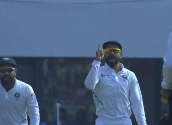 वीडियो : ईशांत शर्मा के एक ओवर में बांग्लादेश ने लिए दो रिव्यू, एक पास एक फेल
