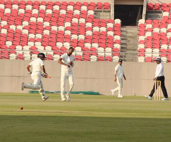 तरुवर कोहली ने रणजी ट्रॉफी में अरुणाचल प्रदेश के खिलाफ जड़ा नाबाद तिहरा शतक, विराट के साथ खेला था विश्व कप 1