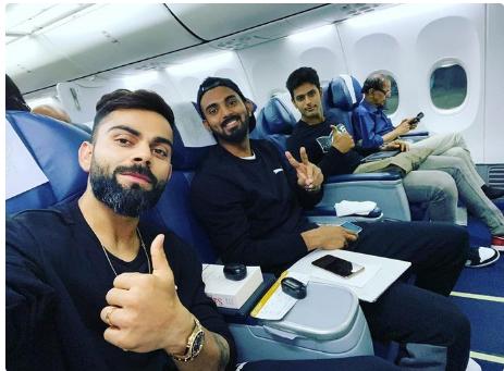 अपने इन 2 पसंदीदा खिलाड़ियों के साथ पहले टी-20 के लिए हैदराबाद रवाना हुए कप्तान विराट कोहली 2