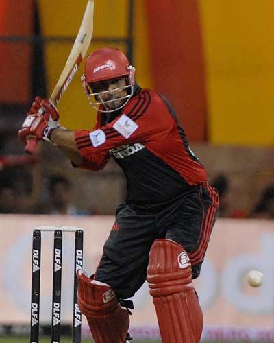 2008 में दिल्ली डेयरडेविल्स के सबसे पहले मैच की प्लेइंग XI के सदस्य अब कहाँ है और क्या कर रहे है? 3