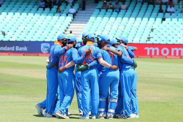 ऑस्ट्रेलिया दौरे के लिए इस भारतीय खिलाड़ी को मिली जगह तो भड़के प्रशंसक, चयनकर्ताओं को लगी फटकार 15
