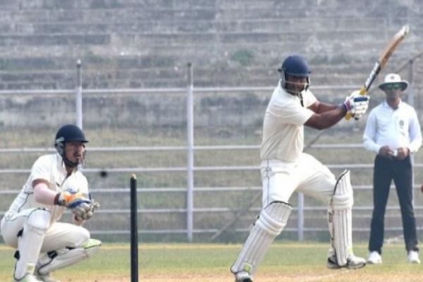 तरुवर कोहली ने रणजी ट्रॉफी में अरुणाचल प्रदेश के खिलाफ जड़ा नाबाद तिहरा शतक, विराट के साथ खेला था विश्व कप 2
