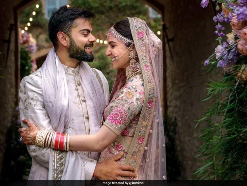 अनुष्का शर्मा ने एनिवर्सरी पर पति विराट के लिए लिखा प्यारा सा मैसेज, शेयर की रोमांटिक तस्वीर