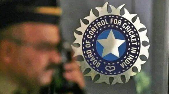 बीसीसीआई इस तारीख से शुरू करना चाहती थी आईपीएल का अगला सीजन, अब खड़ी हो गयी यह बड़ी समस्या 32