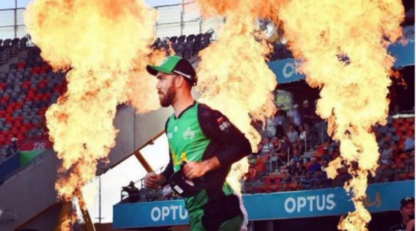 VIDEO : मैच से पहले स्टेडियम के बाहर लगी आग, हीरो बन बुझाने कूद पड़े मैक्सवेल 40