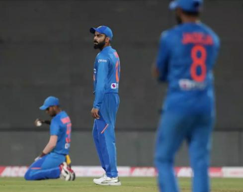IND vs WI: तीसरे और निर्णायक मैच से पहले भारत के लिए आई बुरी खबर, विराट कोहली के फ्लॉप होने का है डर 23
