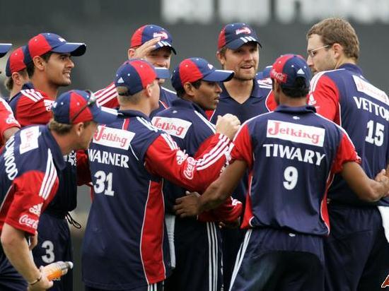 2008 में दिल्ली डेयरडेविल्स के सबसे पहले मैच की प्लेइंग XI के सदस्य अब कहाँ है और क्या कर रहे है? 1