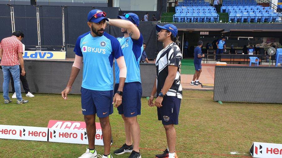 वेस्टइंडीज से पहला वनडे हारने के बाद टीम इंडिया को अभ्यास कराने पहुंचे विश्व के सबसे खतरनाक गेंदबाज जसप्रीत बुमराह
