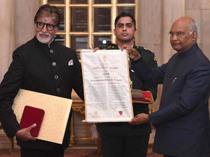 अमिताभ बच्चन को दादा साहब फाल्के अवार्ड मिलने पर कप्तान विराट ने कुछ इस तरह दी बधाई 2