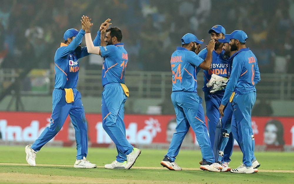 महेंद्र सिंह धोनी इस सीरीज से कर सकते हैं भारतीय टीम में 6 महीने बाद वापसी! 2